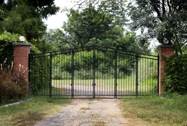 Zunanja drsna vrata so dobrodošla pred vsakim domom